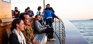 Sightseeing-Harbor-Cruises